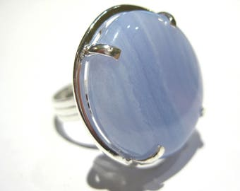 Chalcedony ring silver 925%