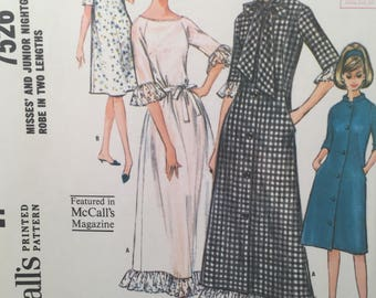 1960s Nightgown, McCall's 7526, Sewing Pattern, Robe, Raglan Sleeve, Buttoned Robe, Long Gown, Pocket Robe, Short Robe, Terry Cloth Robe