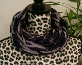 Arm knitting infinity scarf for adult or teens