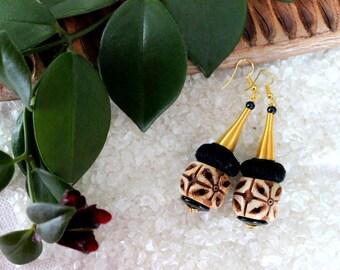 Ethnic earrings ear drop carved bone