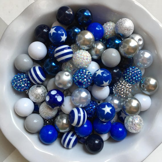 """100 {20mm} """"Cowboys: Dk Blue, White, & Gray"""" Chunky Bubble Gum Bead Themed Bead Lot **Read Item description before purchase!"""