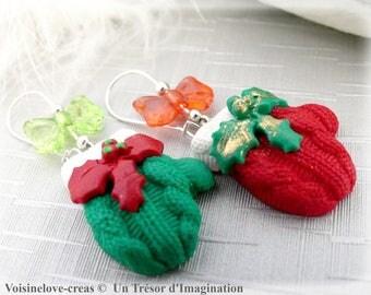 Mittens Christmas earrings