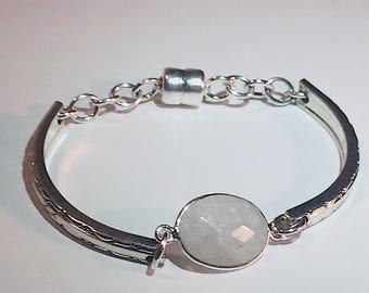 Moonstone Bracelet , Gemstone Bracelet Rainbow Moonstone , June Birthstone , Calming Bracelet, Bridesmaid Gift, Spoon Bracelet