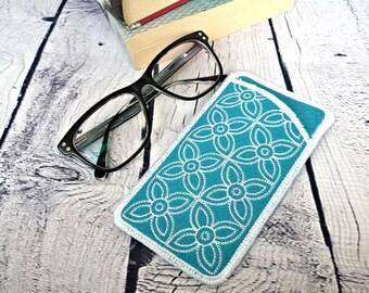 Turquoise felt eyeglass case, soft glasses pouch, aqua eyewear sleeve, gift for her, sunglasses case, eyeglass holder
