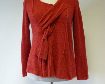 Special price. Warm red knitted sweater, L size.