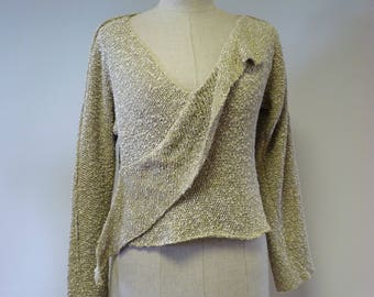 Casual beige boucle sweater, M size.