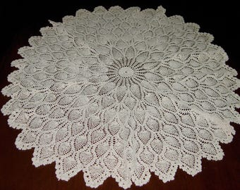 Vintage Crocheted Center Table Cloth, Beige Color, Pineapple Pattern