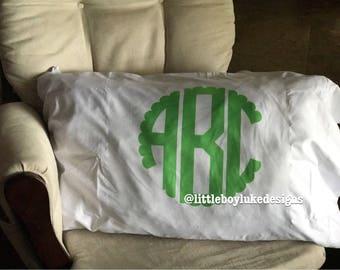 Pillowcase - Monogram Pillowcase - Scalloped Monogram Pillowcase - Preppy Monogram Pillowcase - Personalized Pillowcase - Monogram Pillow