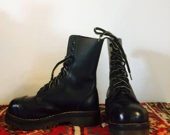 Rare vintage DR.Martens | platform boots |made in England | size uk 3 us 5 eu 36 Jp 22| 90s| steel toes| 10 eyelet