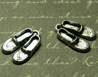 2 pair shoes 10x16mm silver charms