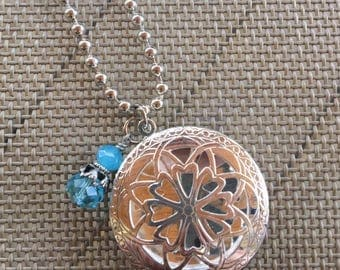 Blue Beaded Essentil Oil Diffuser Necklace, Aromatherapy Necklace, Photo Locket. AS0202