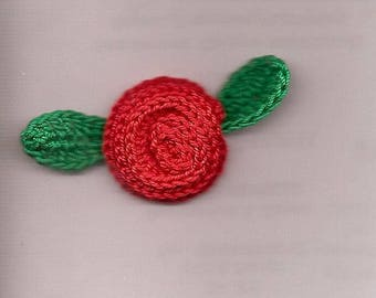 Set of 5 roses and leaves crochet