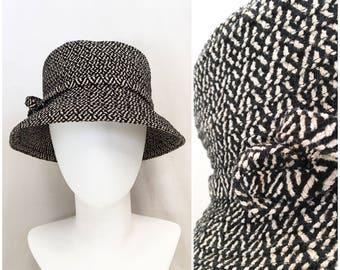 1960s Bucket Hat // 60s Mod Black and White Herringbone Tweed Wool Hat // Retro Mod Bucket Hat