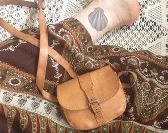 Vintage 70s Leather Boho Bag