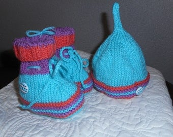 BOOTIES and BONNET 0-3 months MULTICOLORED hand knitted