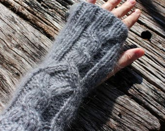 Long Grey Mohair Fingerless Gloves with rambling cable detail. Grey Silver Armwarmers. Mohair Wristwarmers. Knit Cable Gloves. Soft gloves.