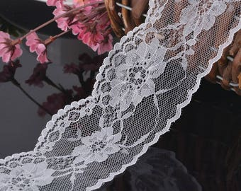 Pattern white lace flowers
