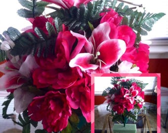 Cemetery | Memorial Sympathy Flower Vase on Etsy | Fuchsia And White | Door Wreaths By Trina