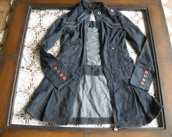 Jimmi Hendrix Denim Long Coat, woodstock art in size Small Petite features embossed buttons, accent denim piping, epaulettes, zip front