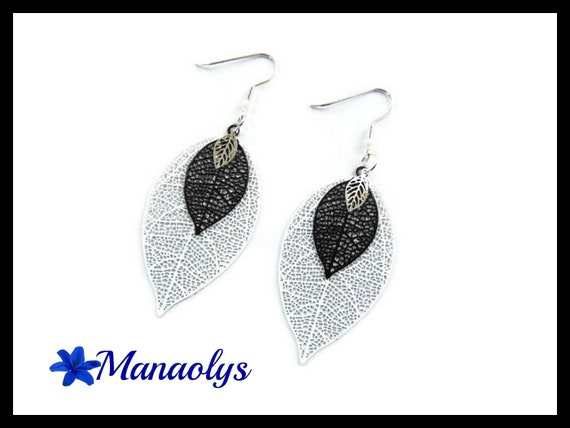 Lightweight earrings, feathers, leaves, black and white 3188