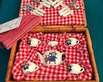 Vintage Madeline Doll Tea Set in Wicker Picnic Basket