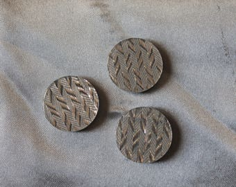 1 set of three buttons, sewing, round, silver plated fancy