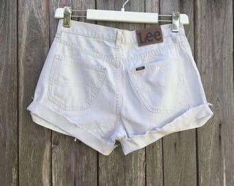 Lee Shorts/ Vintage/ 90s/ beige color/ women/ size W 32/ high waist/ denim 100% cotton