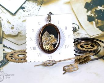 Steampunk Cat - Cat Necklace - Mechanical Cat - Steampunk Jewelry - Resin Steampunk - Wooden Necklace