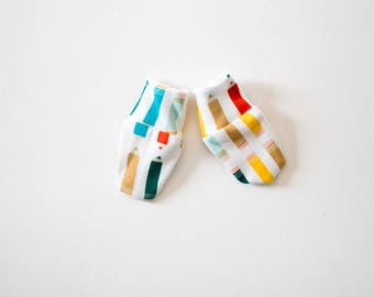 Pure Organic Cotton Baby Scratch Mitts -Pencil Crayons / One Size / Baby hospital mitts, no scratch hand covers