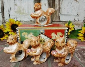 Napkin Rings Set of 4/Ceramic Napkin Rings/Fall Table Decor/Woodland Animal Napkin Ring/Squirrels/Acorns/Brown/90's Vintage/Free Shipping