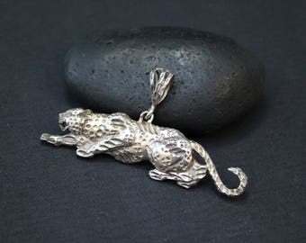 Sterling Silver Leopard Pendant, Leopard Jewelry, Sterling Leopard Necklace, Jungle Cat Pendant, Sterling Silver African Pendant