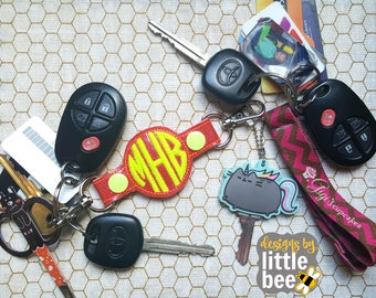 BLANK monogram circle double end snap tab keychain - utility key fob - small hoop gift idea - machine embroidery keychain design 06 02 2017