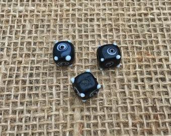 1   Black and White Swirly Dot Cube Lampwork Glass Beads   Halloween Jewelry   10mm