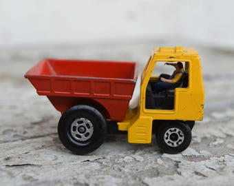 Matchbox Truck - Site Dumper - Toy Truck - Matchbox Superfast - Collectible Truck - Matchbox Truck No 26 - Lesney Products - Old Truck 1976