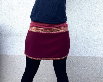 Skirt fabric batik and Burgundy jersey