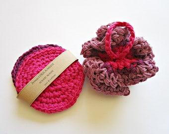 Christmas gift Washcloth gift set Housewarming gift Bathroom gift Pink washcloth set Baby wash cloths Cotton bath puff Crochet bath loofah