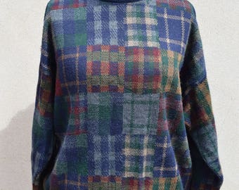 Vintage navy blue checked jumper, size large