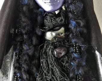 Priestess Spirit - Vida