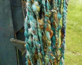 SEACOAST art yarn hand spun / super bulky /  soft / knitting / decoration /  silk wool / blue , gold, white, green, brown / wall hanging