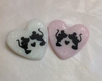 Mickey and Minnie , brooch , pin, clothes pin, love , hearts , disney, mickey mouse , minnie mouse