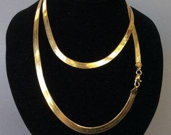 Gold Tone Serpentine Chain Necklace
