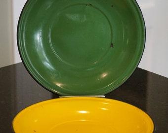 Pair of Enamel Plates/Green/Yellow