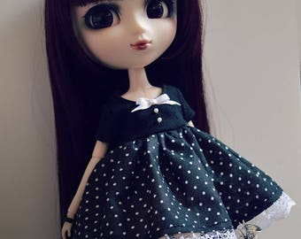 Pullip - black dress with polka dots