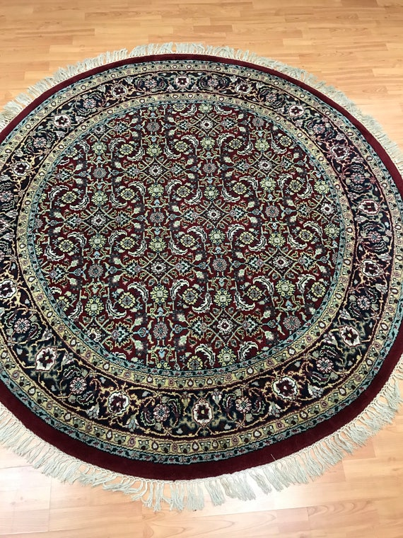 "6'7"" x 6'7"" Round Indian Herati Fish Design Oriental Rug - Hand Made - 100% Wool"