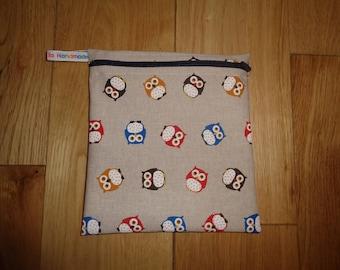 Reuseable Wrap - Bikini Bag - Lunch Bag  - Zero Waste Medium Poppins Waterproof Lined Zip Pouch - Sandwich bag - Eco - Linen Look Owls