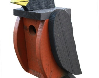 Amish Made Bird House - Robin Shaped House - Free Shipping