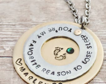 Mom baby necklace, Baby jewelry mom, Baby gifts, Personalized, Baby name jewelry, Necklace new mom, New mom, gift necklace, jewelry mom mom