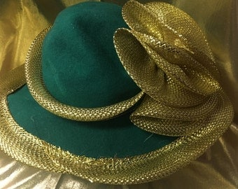 1960's Emerald Green Wool and Gold Tooling Hat by Silvia of New York and St. Louis.