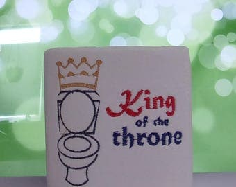Personalized Toilet Paper, King of Throne, Iron Throne Pun, Funny Bathroom Decor, Bathroom Humour, Gifts for Friends, Gag Gift,TP1014