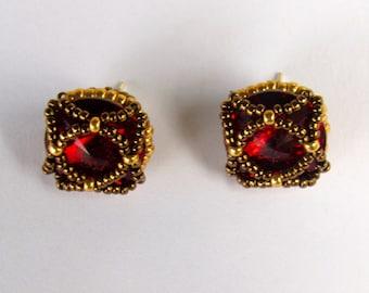 Cute Swarovski Stud Earrings